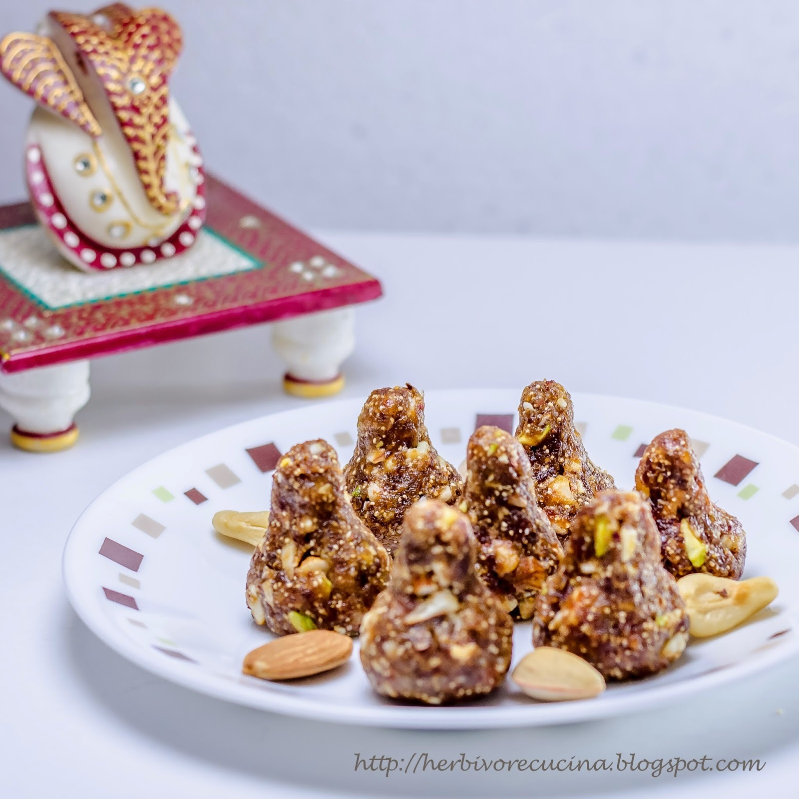Sugar-free Dry Fruit Modak