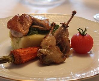 quaglie glassate su tortino di patate e verdure