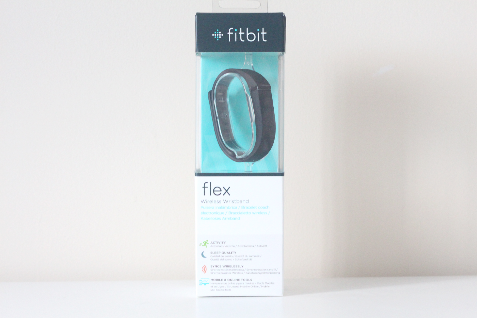 #12DAYSOFCHRISTMAS DAY 8 - Win a Fitbit Flex Activity Tracker