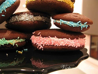 Whoopie Pies de Chocolate rellenos de chocolate blanco