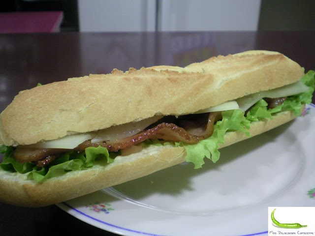 BOCADILLO BACON Y QUESO