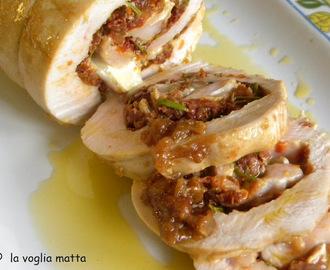 roll di tacchino al rosmarino brie e pomodori secchi