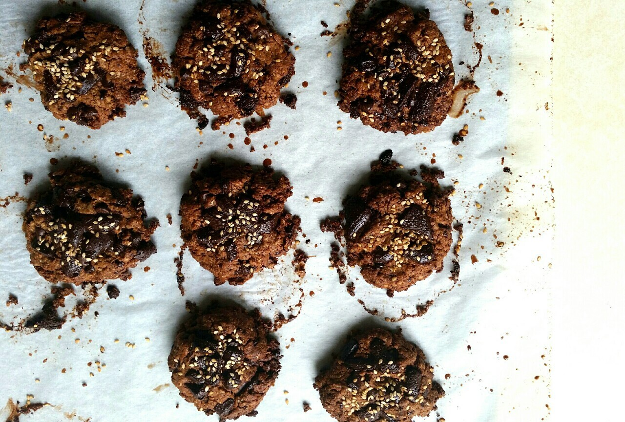 Grown Up Chocolate Chip CookiesAdapted from this recipe by Oh...