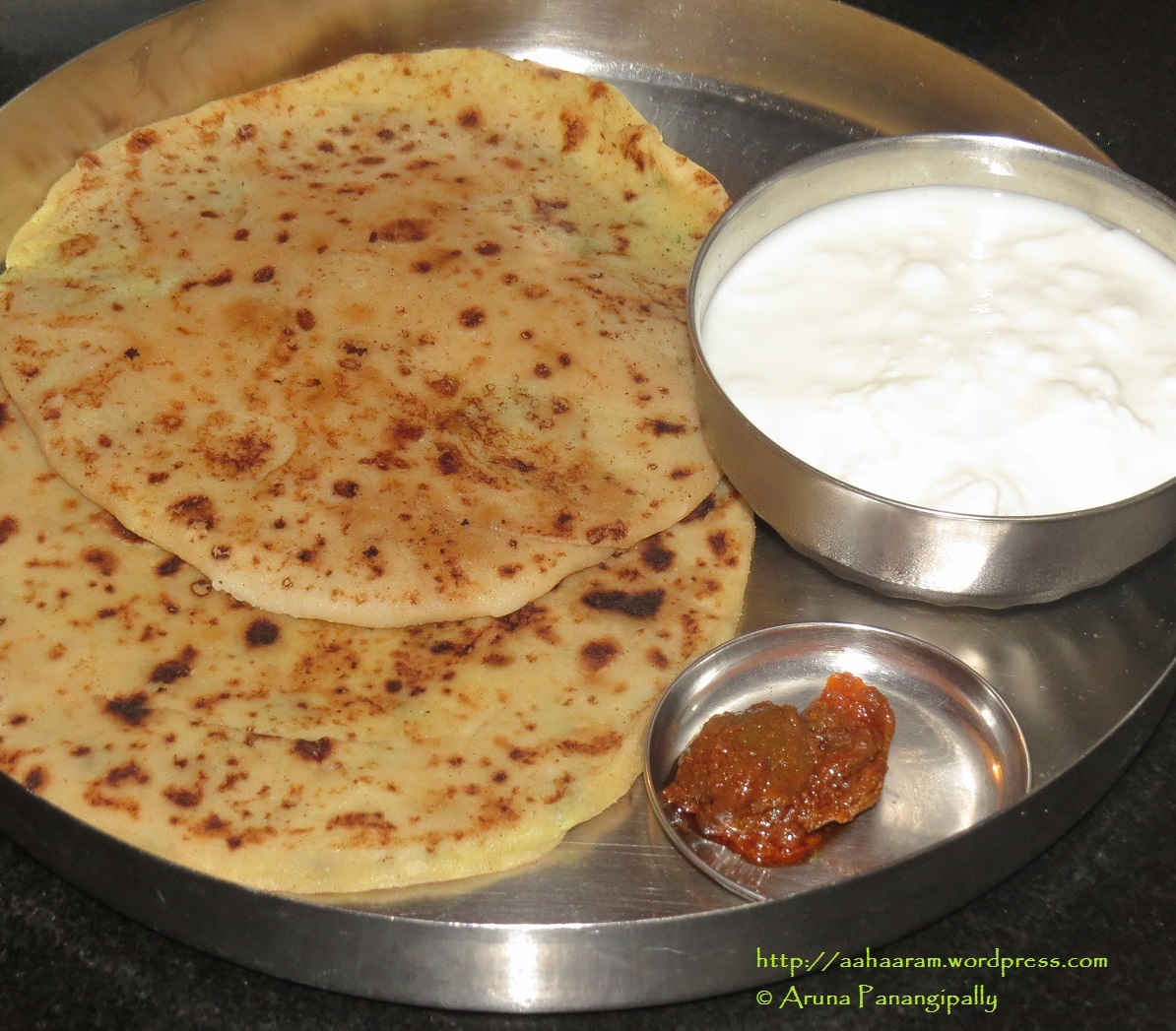 Aloo Paratha – Unleavened Bread Stuffed with Spicy Mashed Potato
