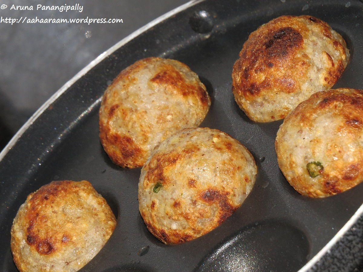 Sabudana Vada – Low Oil Version in a Paniyaram or Ebelskiver Pan