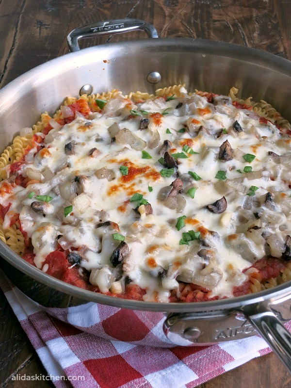 Pasta Pizza Pie #SundaySupper