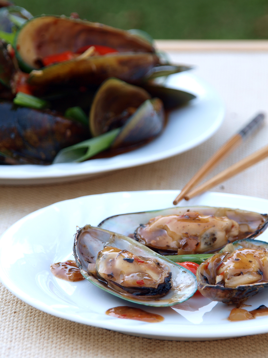 Stir Fried Mussels with Black Bean and Chilli Sauce