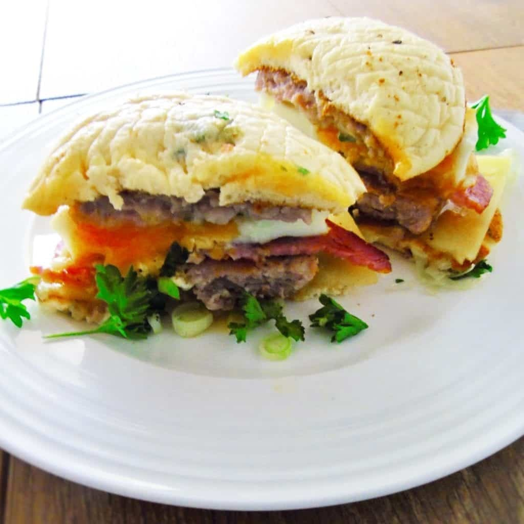 Cheat's Low Syn Sausage & Egg McMuffin | Slimming World