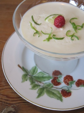Kokospannacotta med Lime