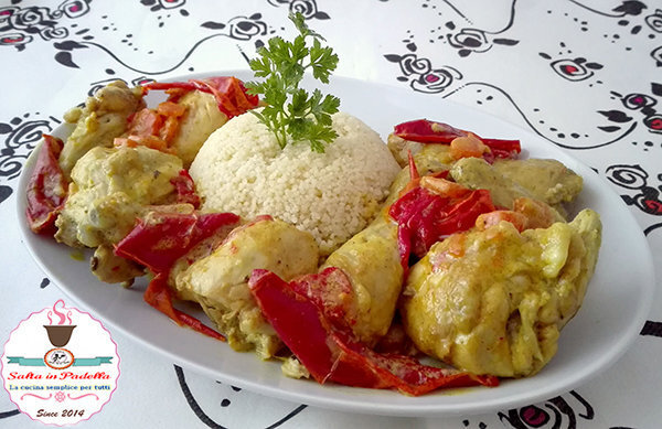 Galletto al curry con cous cous e peperoni
