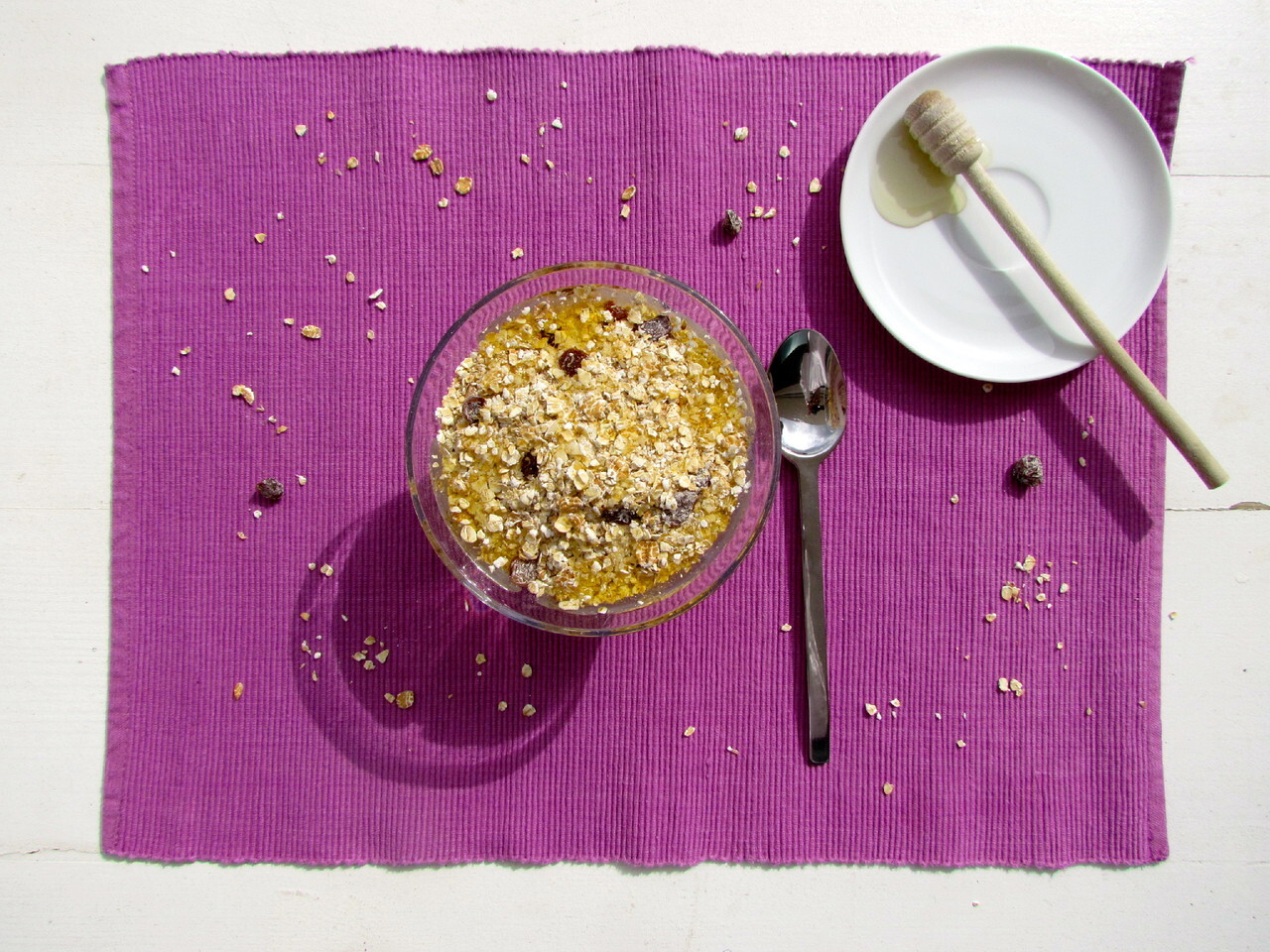 muesli light com iogurte natural e geleia de agave