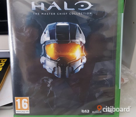 Oöppnad HALO Master Chief Collection Xbox one