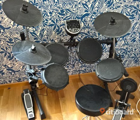 Digitalt trumset Alesis DM6