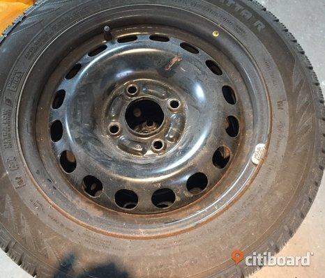 Hej säljer däck till volvo s40