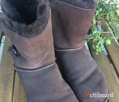 Ugg W Bailey Button Chocolate stl 40