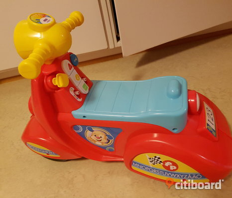 Fisher price skoter/​gåbil