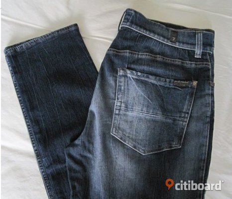 Ord.pris: 2500 kr Helt Nya Jeans 7 For All Mankind Storlek 34 Made in Italy