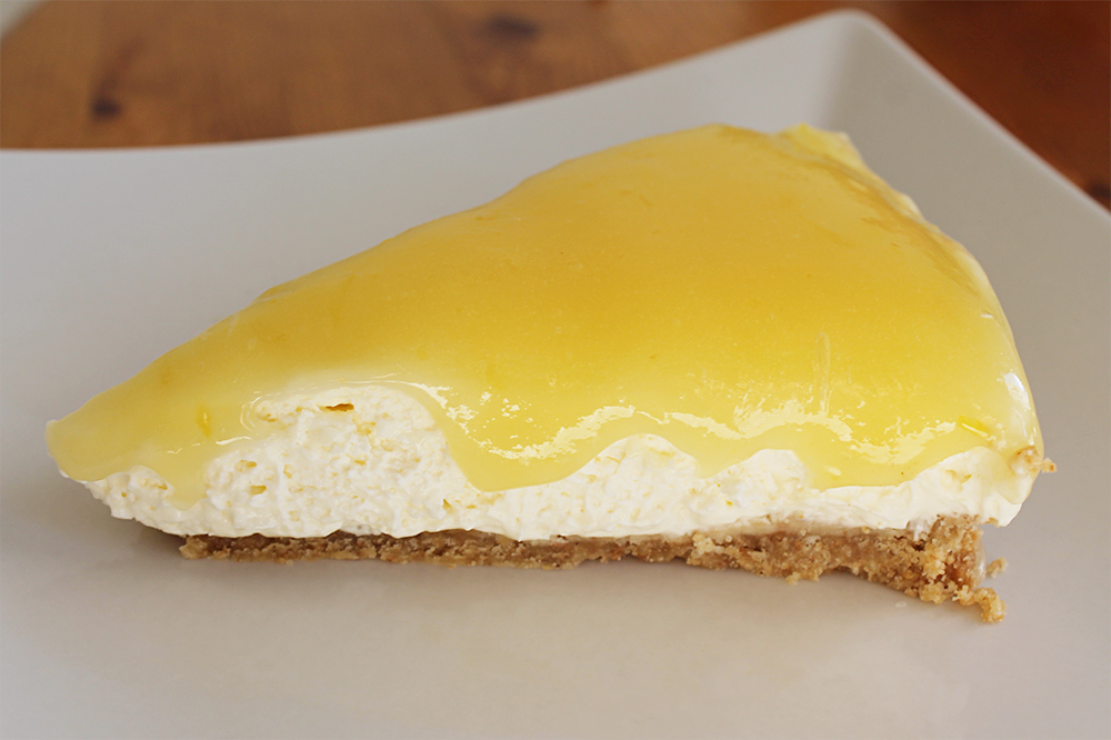 Lemon and coconut cheesecake