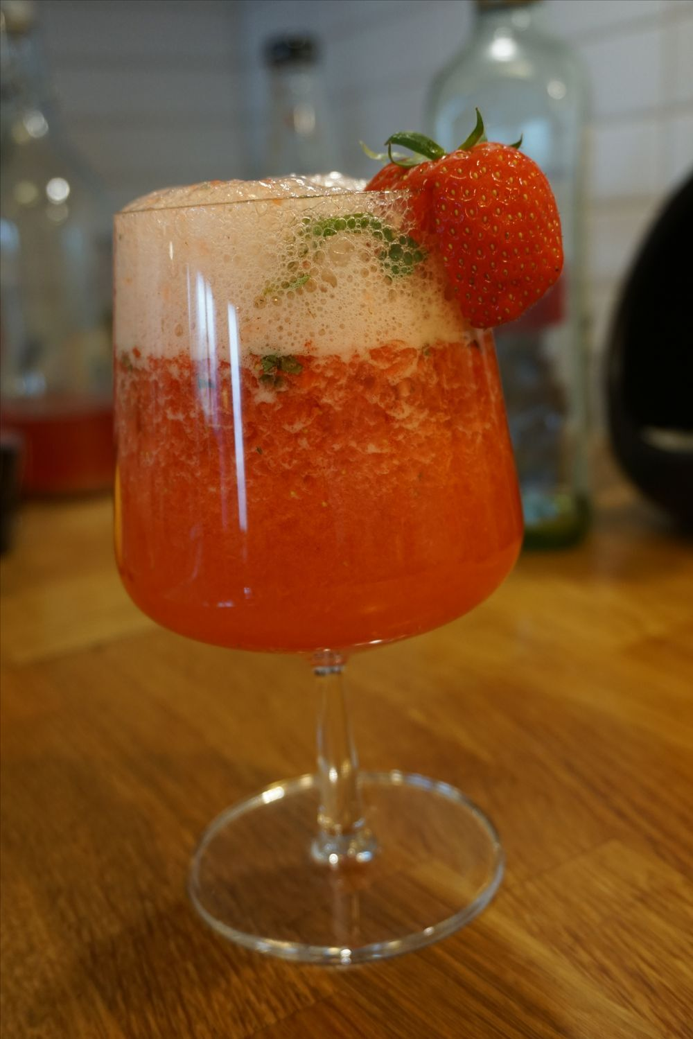 Virgin strawberry mojito