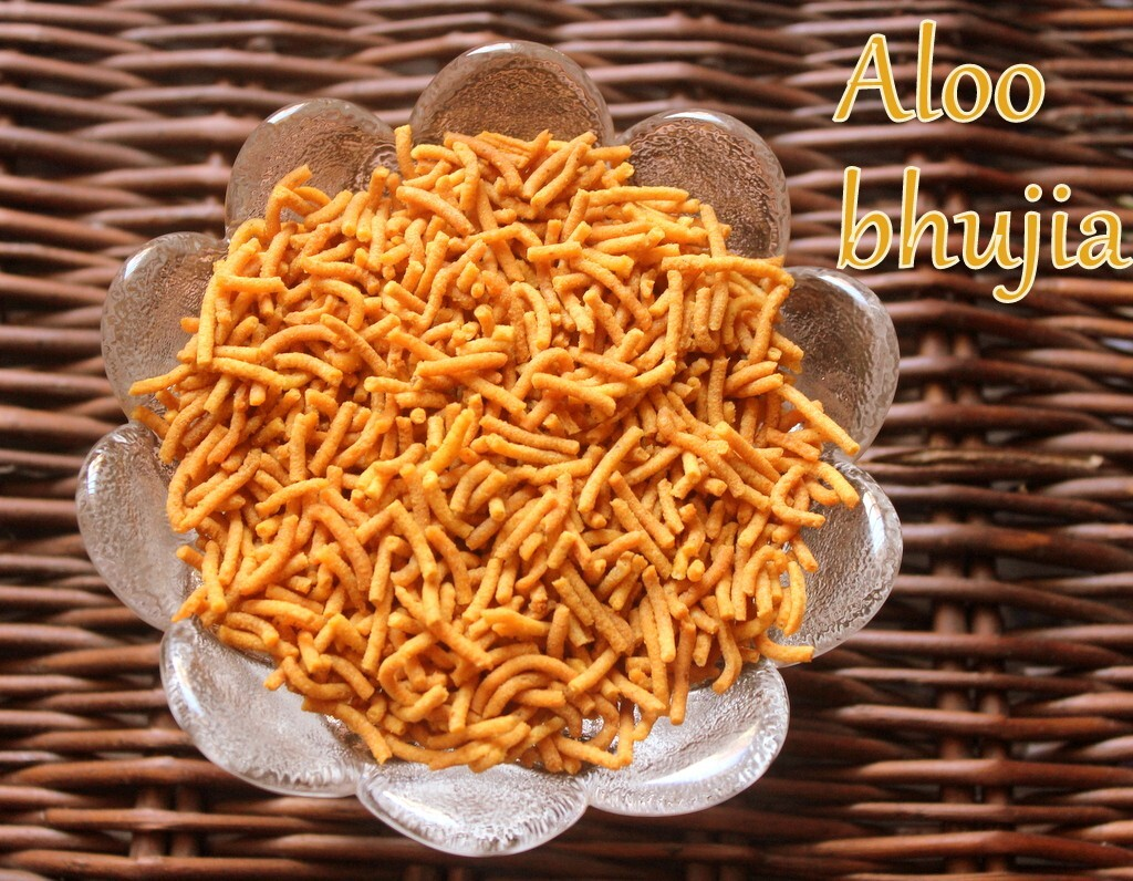 How to make aloo bhujia or potato sev recipe – Diwali snacks recipes
