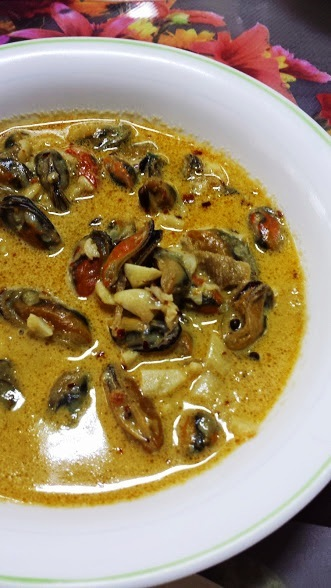 Mussels in Spicy Cream Sauce