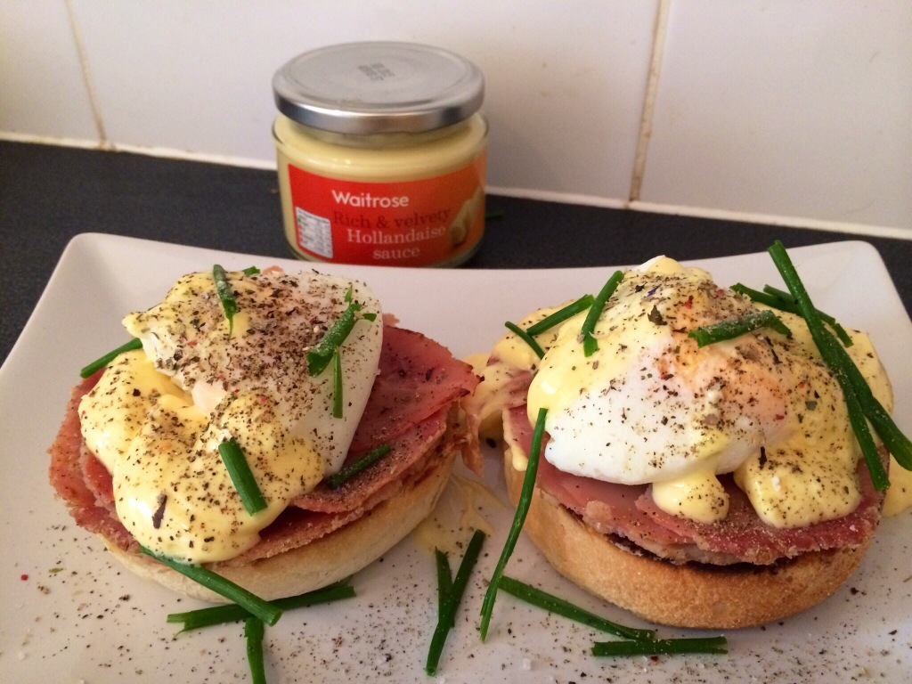 Breakfast eggs Benedicte ?