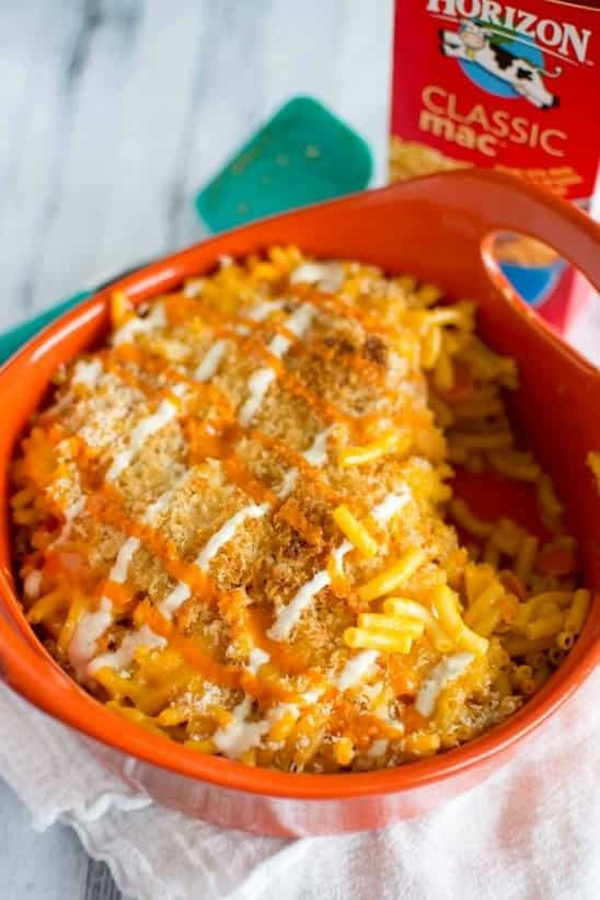 Easy Baked Buffalo Chicken Mac and Cheese