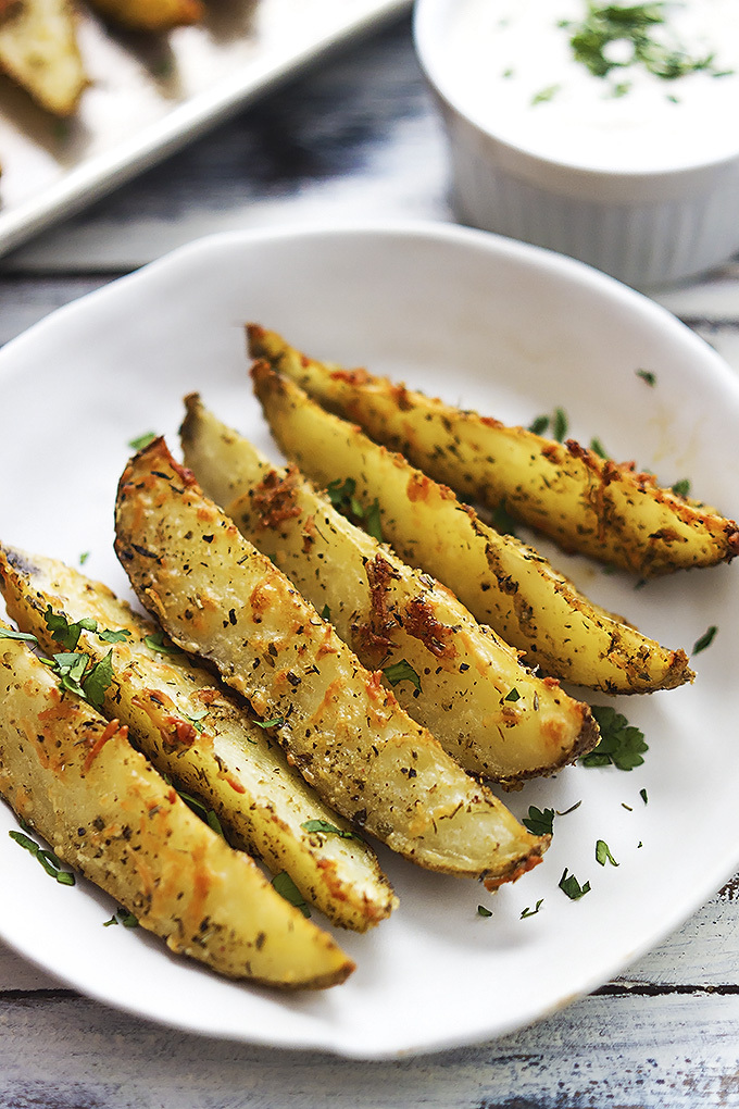 Parmesan & Garlic Roasted Potato Wedges
