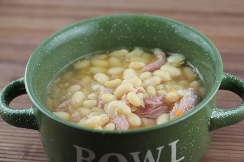 Slow Cooker Ham Bone and Beans Recipe