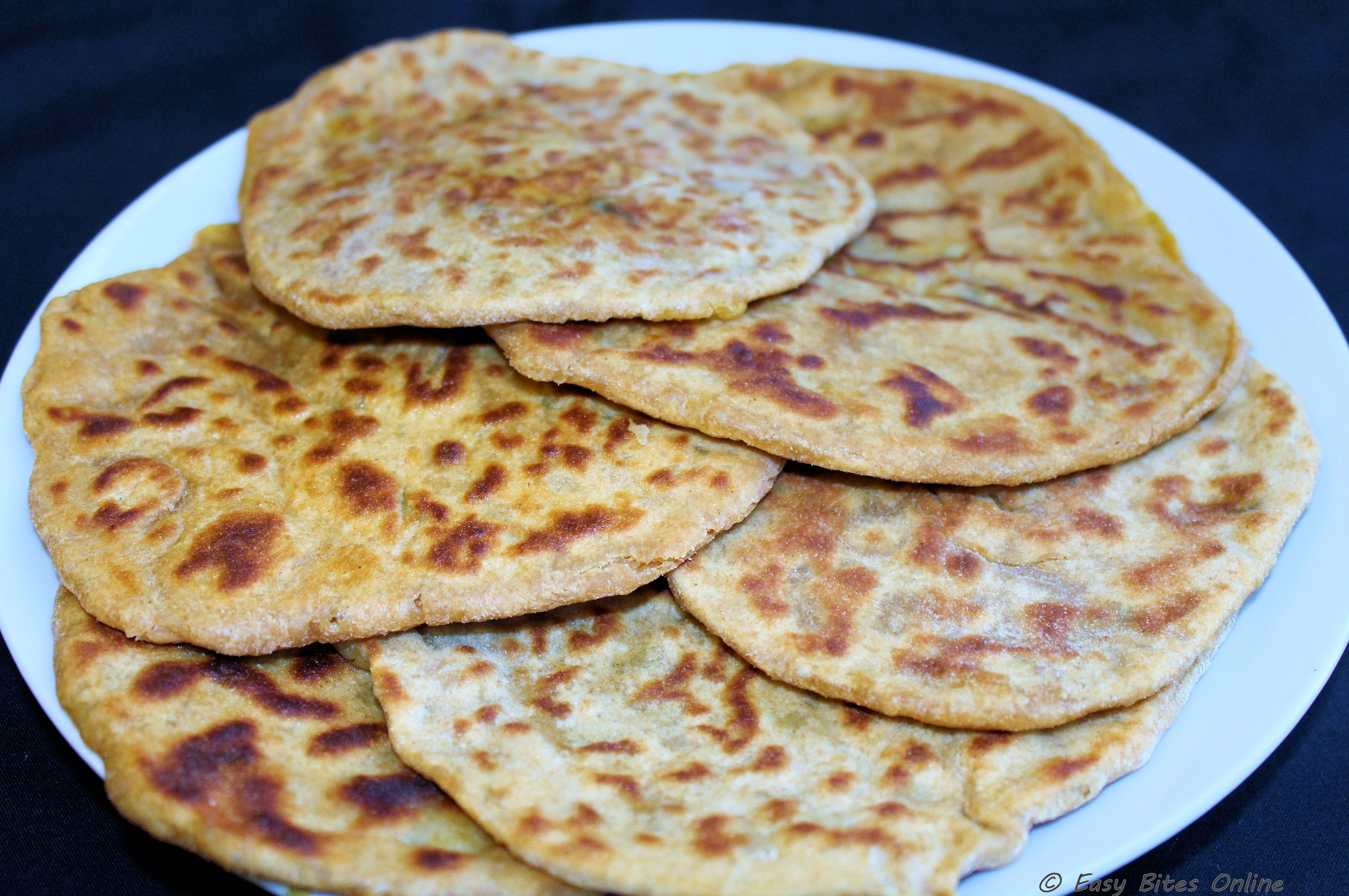 Alu Kulcha | Indian Leavened Bread with potato filling
