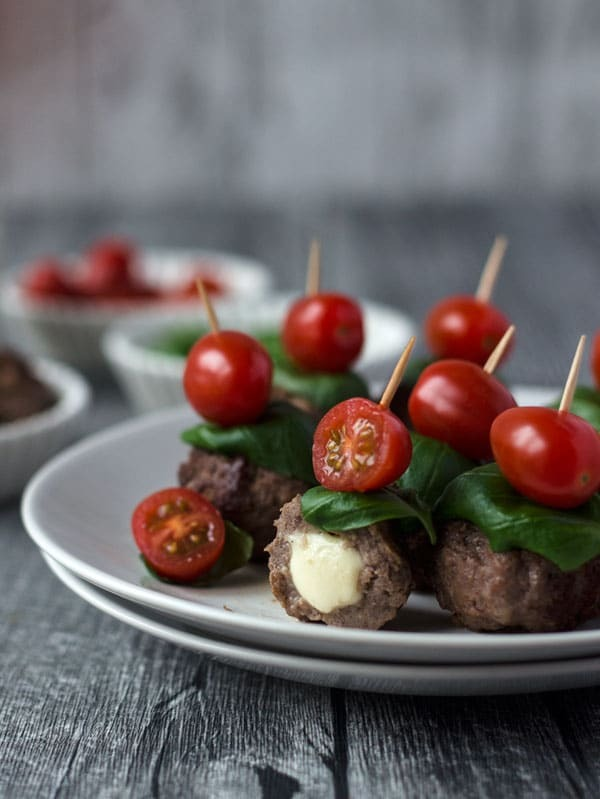 Fingerfood: Caprese Meatballs