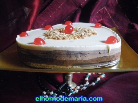 Tarta tres chocolates (Thermomix)