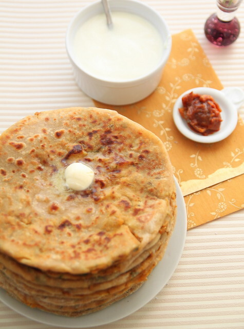 Aloo paratha & a giveaway (flaky Indian bread stuffed with potatoes)
