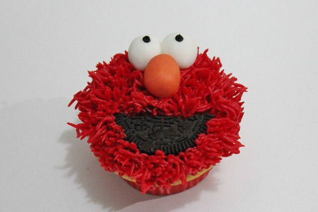 Elmo Cupcakes Tutorial