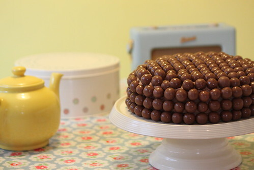 How to make: Chocolate Malteser Cake