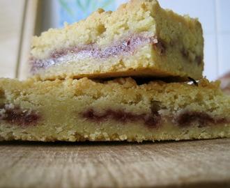 austrian raspberry shortbread – rakouské malinové sušenky