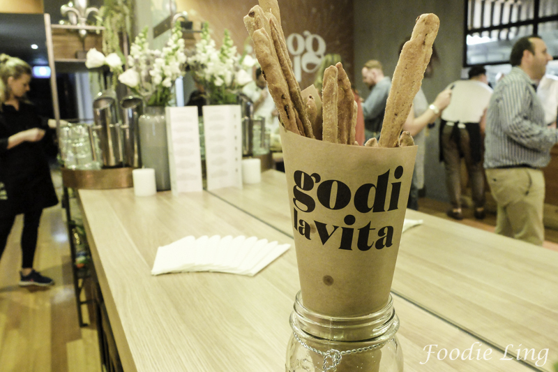 Godi La Vita Launches