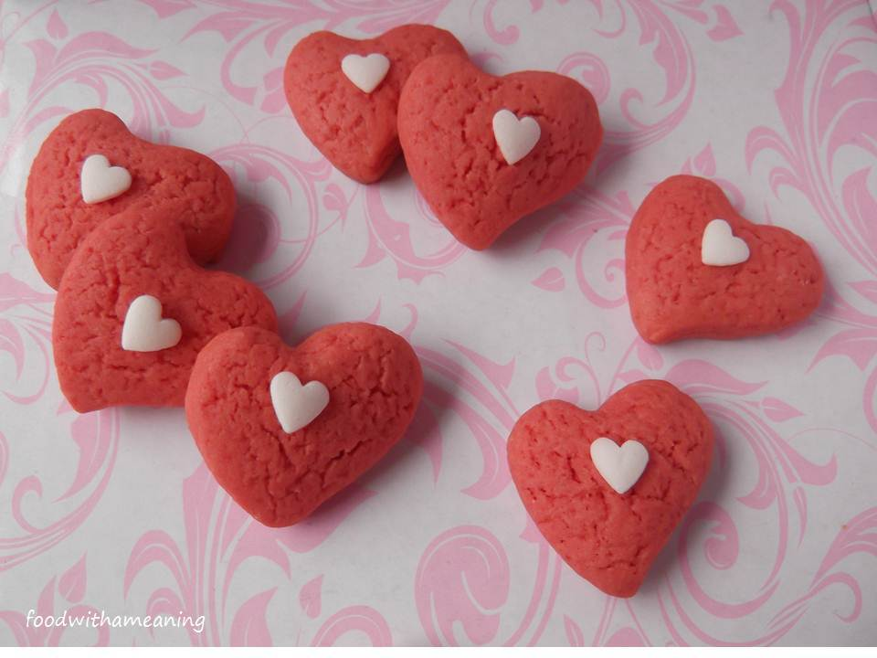 Be my pink cookie heart!