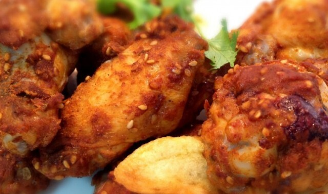 Cómo hacer Alitas de pollo con sabor a La India | Spicy Chicken Wings