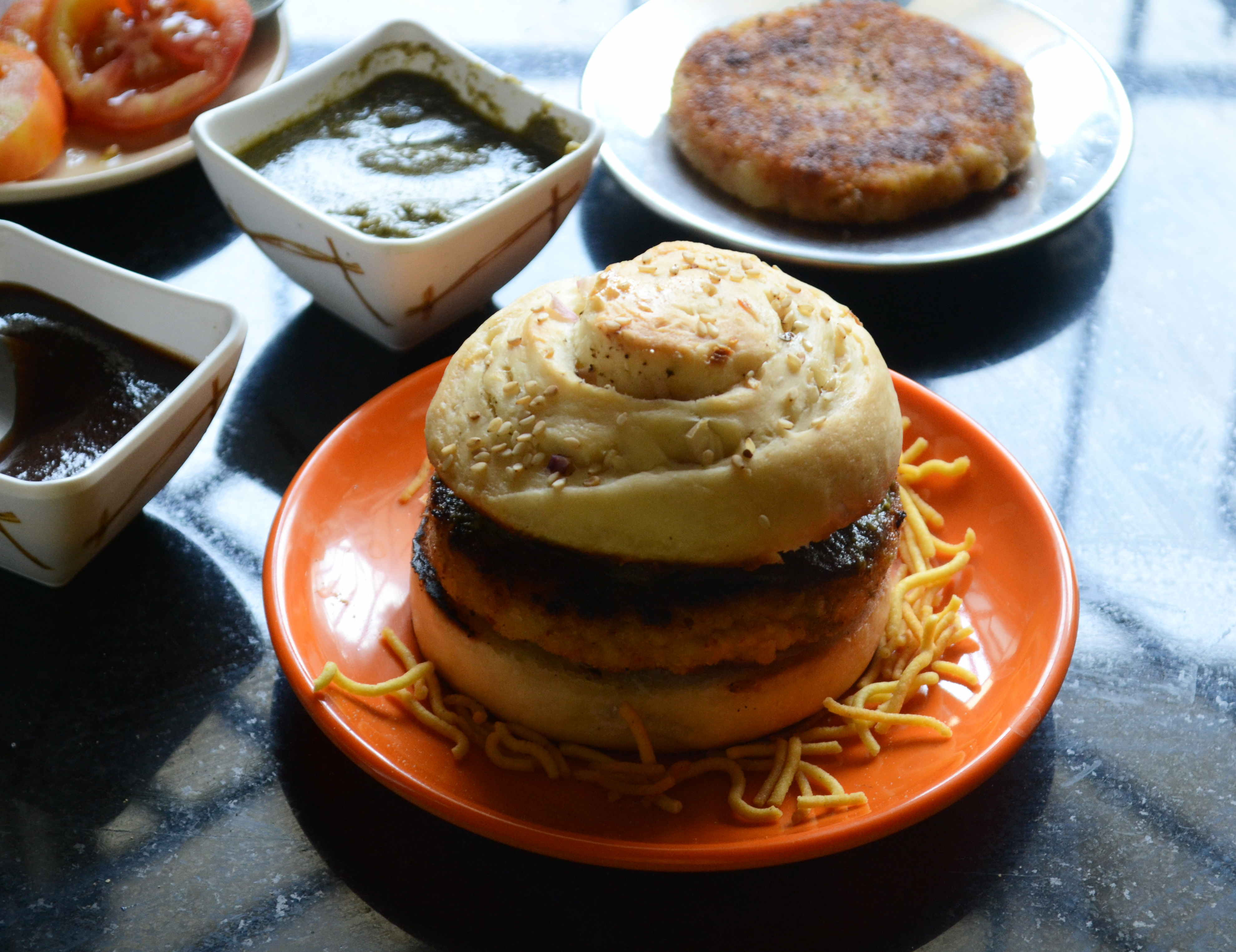 Desi Burger Chat Recipe – Indian Chat Recipes