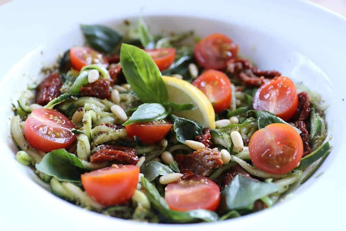 RECIPE: Gluten Free/Vegan Pesto and Sun-dried Tomato Courgetti Salad using Sacla' Free From Basil Pesto