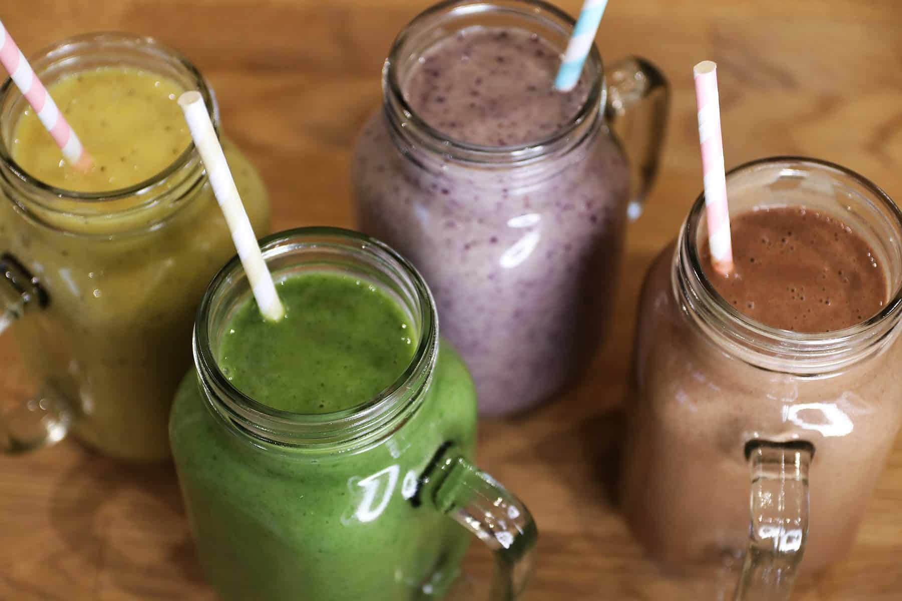 My 4 Healthy Smoothie Recipes – Green Smoothie, Turmeric Smoothie, Post Workout Smoothie, Breakfast Smoothie