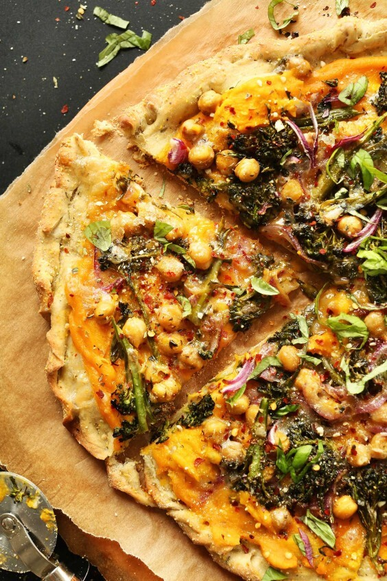 9 Dairy-Free Pizza Recipes So No One Misses Out on the Best Food Ever