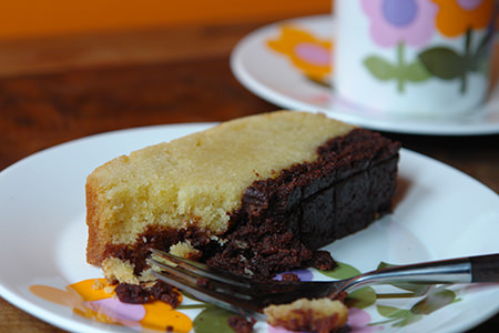 Cakes & Bakes: Brownie butter cake