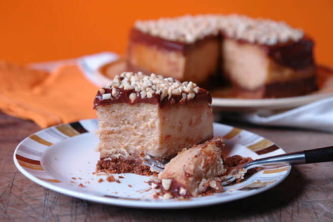 Cakes & Bakes: Peanut butter baked cheesecake