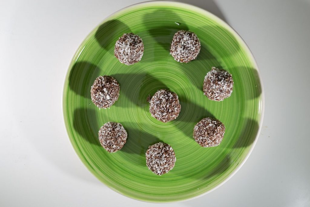 No Bake Protein Chocolate and Mint Balls