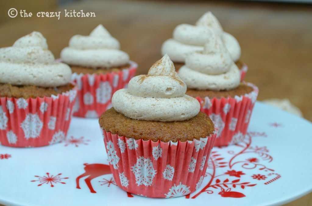 Christmas Pudding Cupcakes with Rum Butter Frosting