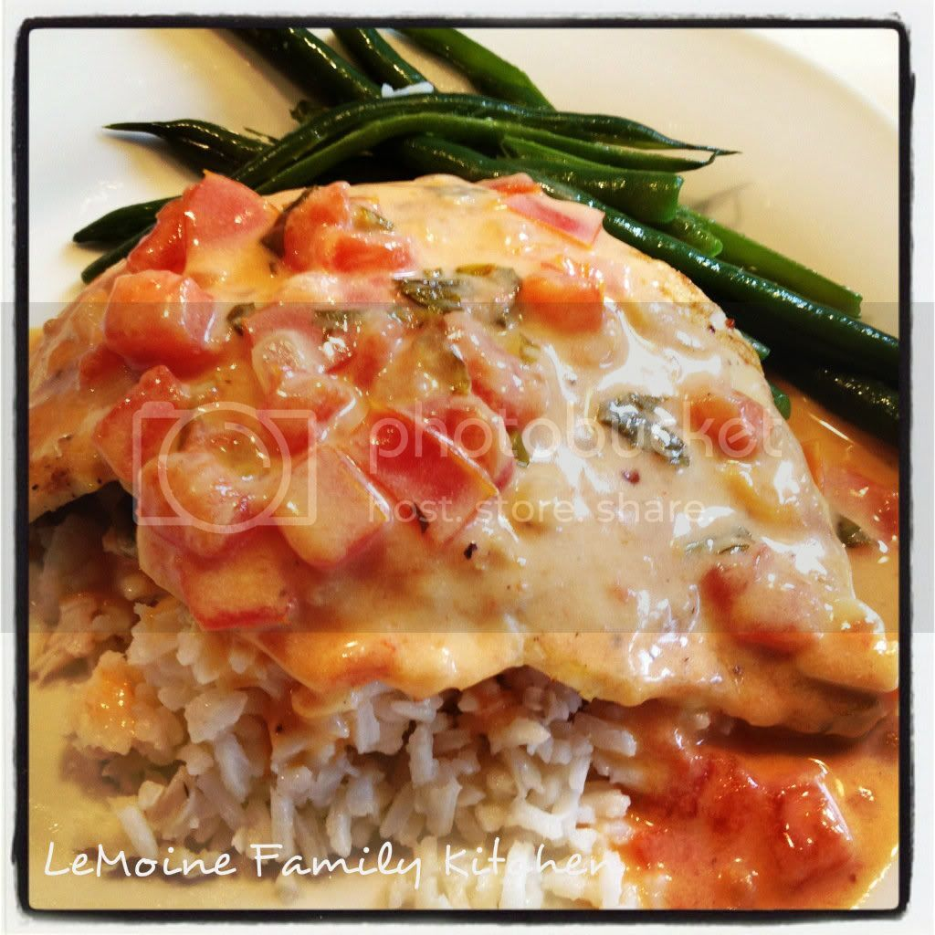 Grilled Chicken with Creamy Lemon, Tomato & Basil Sauce
