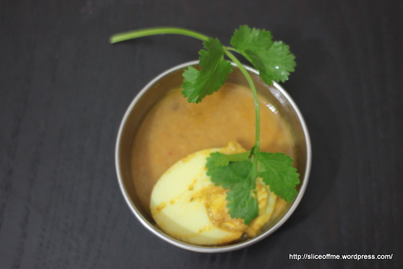 egg curry white gravy