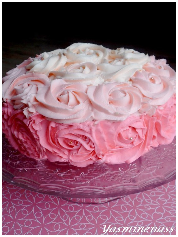 Rose Cake aux fruits rouges